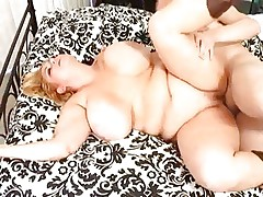 Chunky babe Samantha 38G has her plump pussy fucked