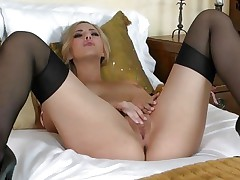 Pretty Sophia Knight torments her juicy moist wet crack