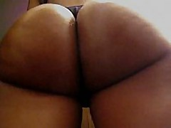 This non-professional swarthy playgirl has a perfect round butt, it looks even more excellent with her darksome thong on, and the way she's flexing it in this clip makes everybody drool.