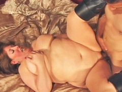 Mindie Mounds is unstoppable one time her rolls are set in motion! Using every inch of her body to her advantage, Mindee is fucked deep and long previous to this babe is showered wth cum!