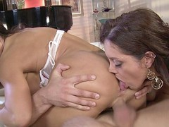 Black Brown MILFs Francesca Le and Lisa Ann love to share, especially when it comes to sex.  They take turns French giving a kiss and feeling each other's bodies in advance of going to work on this fortunate guy's hard rod.  They have a wild time taking turns banging him in advance of they kneel down for the double facial.