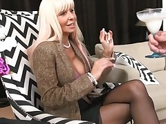 Slutty mother I'd like to fuck out of hesitation jumps onto a hard dong